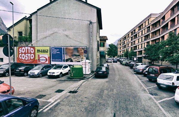 Lecco, via Palestro: 2 postazioni