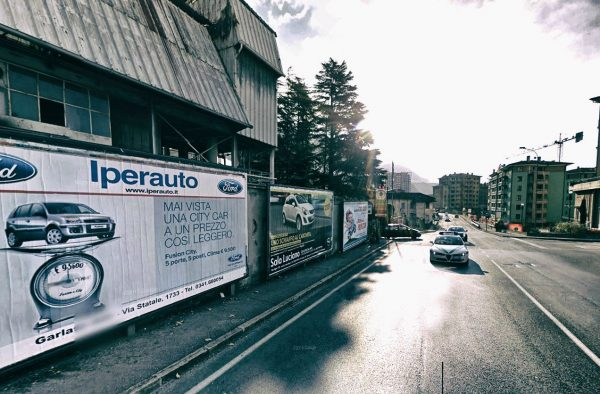 Lecco, via Tonale: 3 postazioni